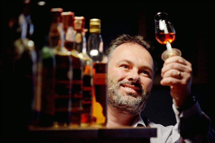 Rare Whisky 101 David Robertson